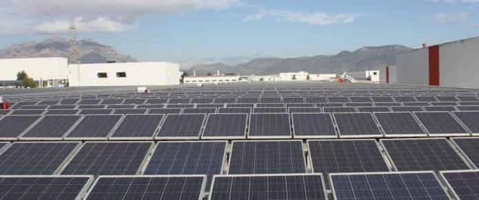 Seat arranca una planta solar con 53.000 paneles en Martorell