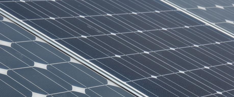 Cómo entender la ficha técnica de un panel solar
