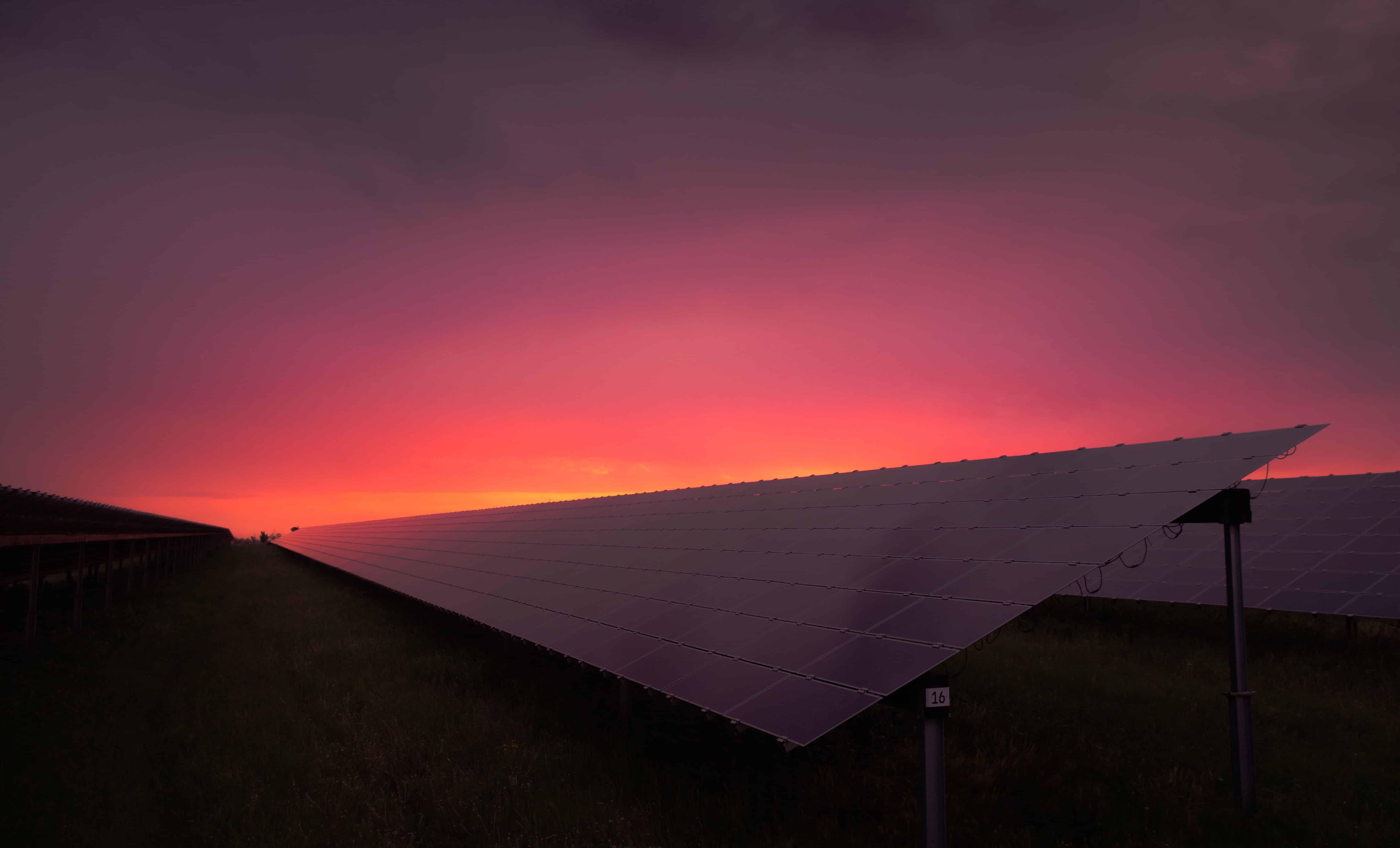 ¿Es legal tener paneles solares? Preguntas y respuestas